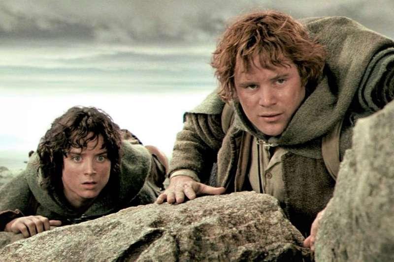 魔戒要拍成影集了!一條推特洩漏出影視圈的重磅消息,讓全球魔戒迷都十分興奮。(圖/The Lord of the Rings Trilogy@facebook)