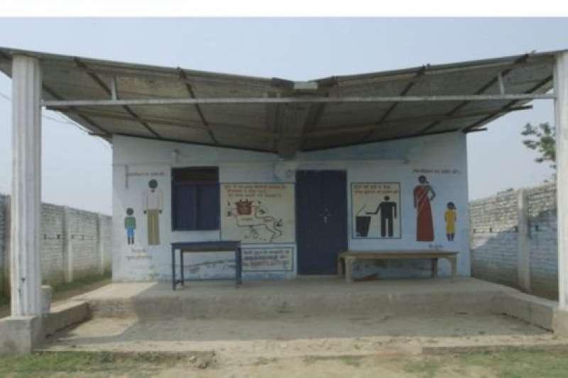 能發電的社區廁所。(BBC中文網)
