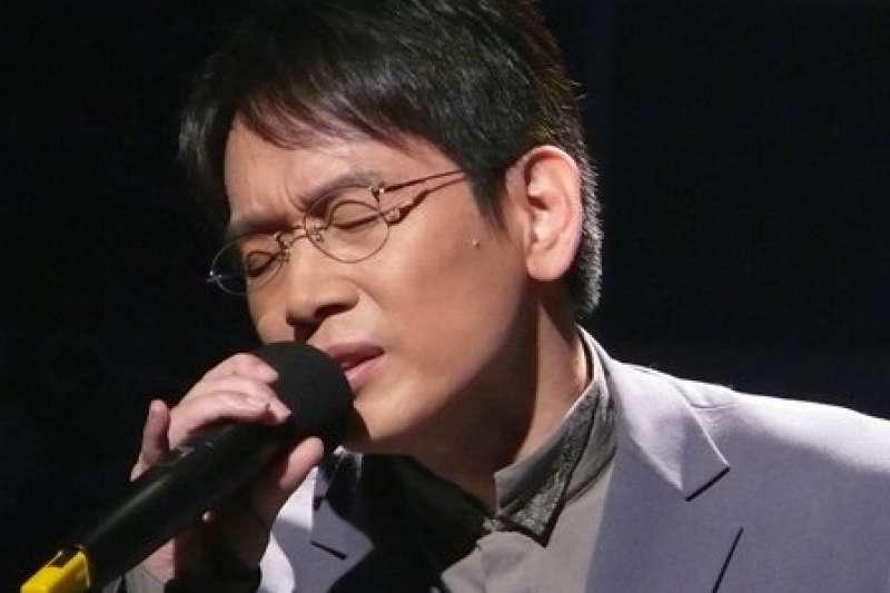 2017-11-19-民謠歌手殷正洋。(取自殷正洋臉書)
