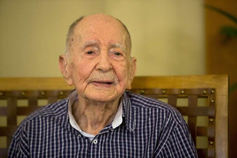 102歲的皮楚斯卡當年以為自己的家人全都死在戰爭裡(AP)
