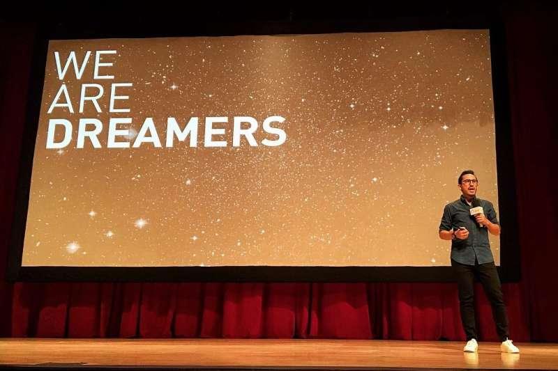 Juan Pablo Garcia善於利用創意,解決社會艱硬的問題。(圖/Juan Pablo Garcia臉書)