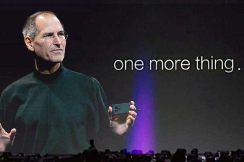 「One more thing」是賈伯斯經常在發表會最後,推出新品的開場白,從 1999年開始至2011年,賈伯斯一共推出33項的「One more thing」。(圖/截圖自蘋果發表會影片)