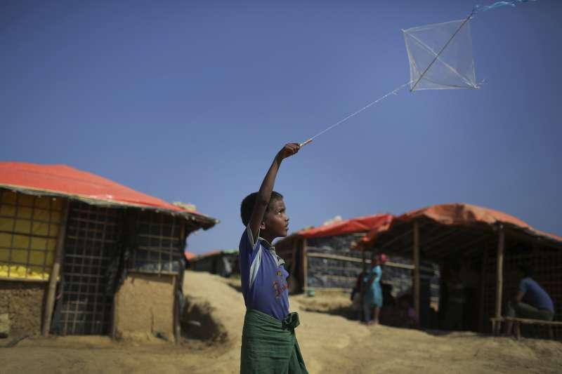 孟加拉鄰近緬甸邊境,收留數十萬羅興亞人的難民營(AP)