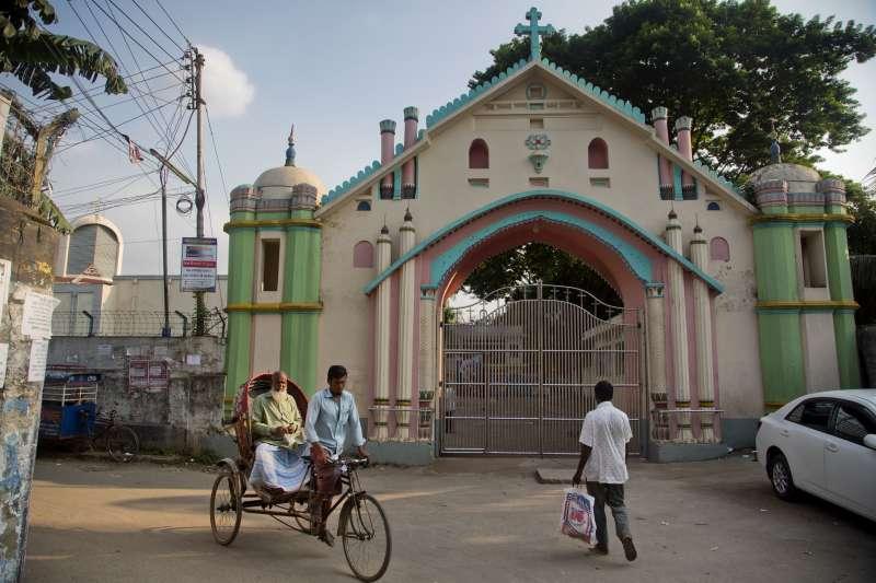 天主教教宗方濟各27日起將陸續造訪緬甸與孟加拉,將與翁山蘇姬會面。(美聯社)