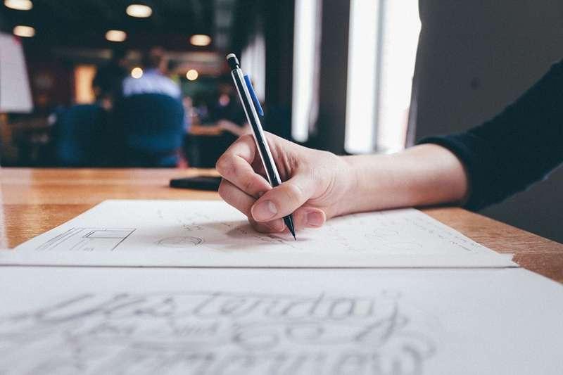 避開履歷撰寫的5個誤區,讓應徵公司看到你的履歷就眼睛一亮!(圖/Pixabay)
