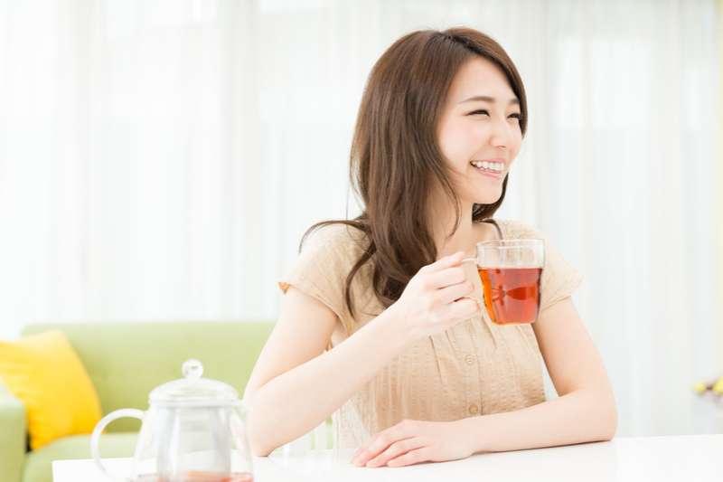喝茶不但是一種休閒,也是一種藝術上的享受。(圖/嶢陽茶行提供)