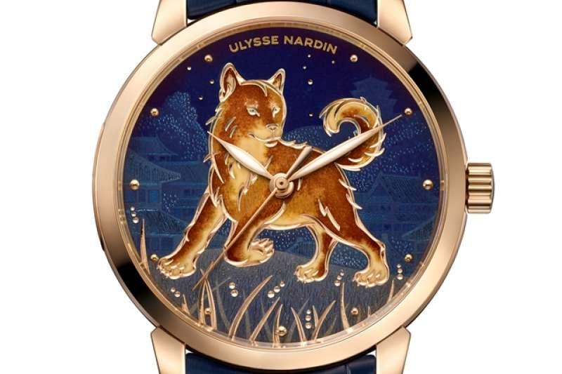 鎏金戌犬腕錶(圖/瑞士雅典錶提供)