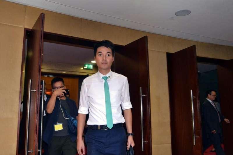 澳門立法會最年輕議員蘇嘉豪被暫停職權(翻攝臉書)