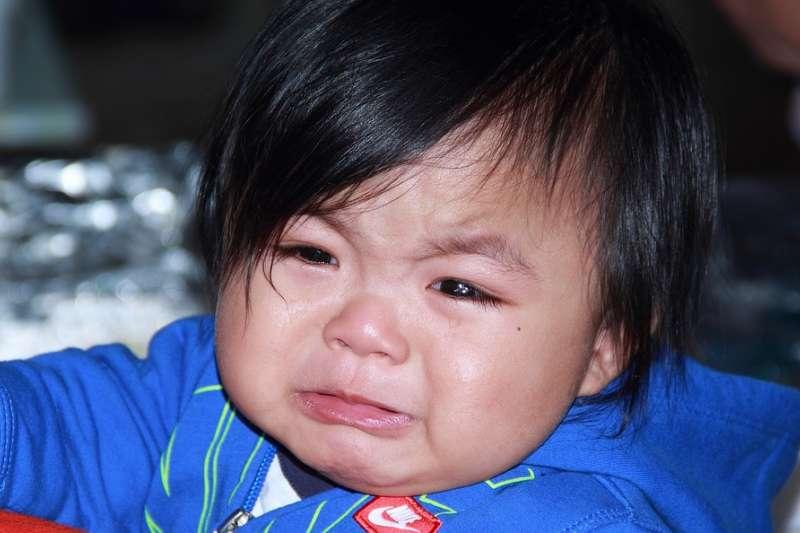 台灣監獄制度讓收容人家庭內成員備受煎熬,孩子也喪失享有親權保障。(示意圖非本人/ talibabdulla@pixabay)