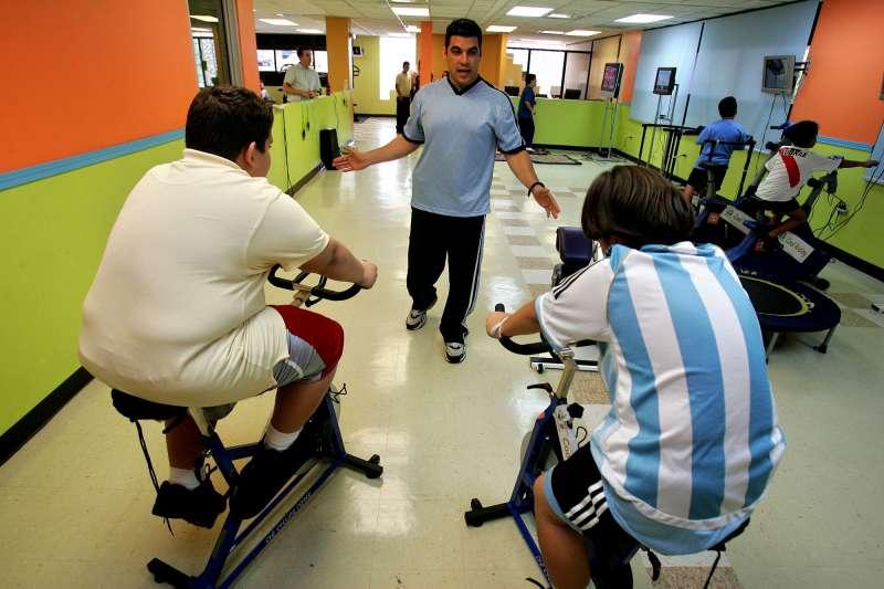 非當事人。全球過胖青少年人口增加,恐讓各國的醫療成本負擔加重(美聯社)