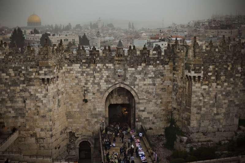 耶路撒冷舊城區的大馬士革門。(美聯社)
