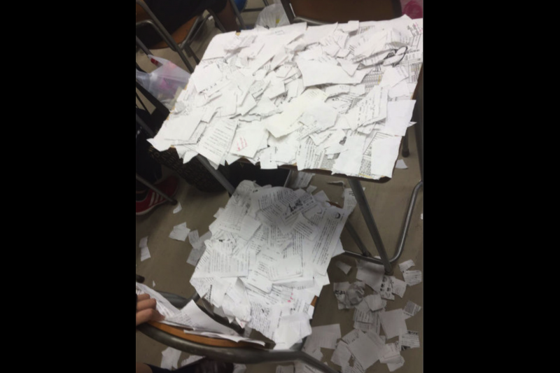 這張女學生家屬提供的照片,證明了她確實遭受校園霸凌。(翻攝推特)