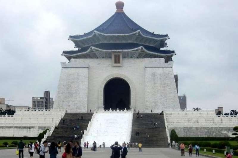 中正紀念堂在民進黨政府的法案當中是最大的目標。(BBC中文網)