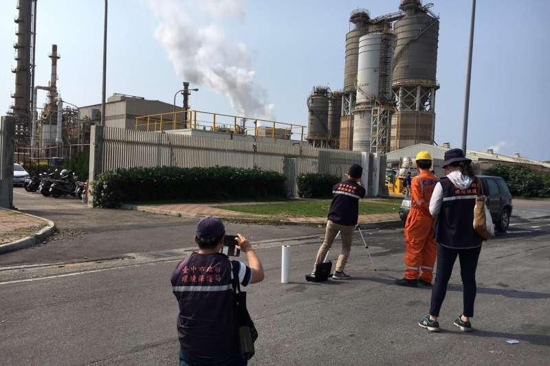 台中市環保局持續監控中火空氣汙染情形。(台中市政府)