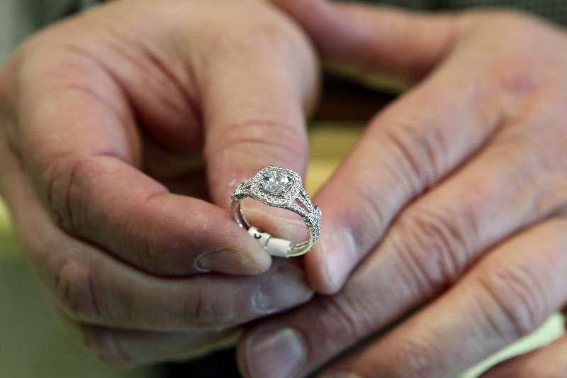 俄羅斯人沒有性生活?俄羅斯年輕一代如何看待婚姻?(AP)