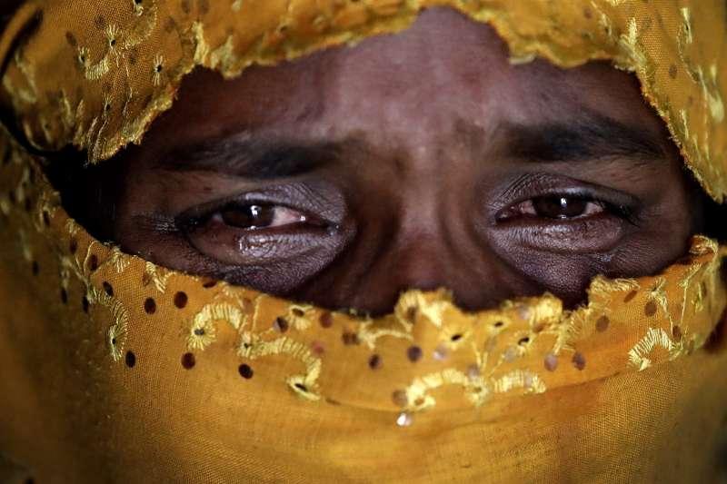 K被侵犯後遭到丈夫責難,怪罪她不逃跑、且被「非穆斯林」強暴。(美聯社)