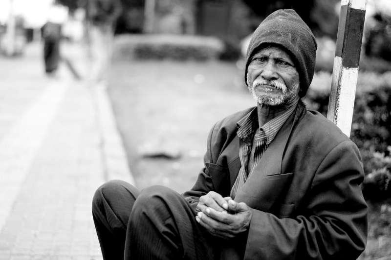 哈佛大學社會學助理教授馬修‧戴斯蒙,為研究美國貧窮問題深入貧民社區,花費數年臥底,寫出了底層的真實困境。(圖/pxhere)