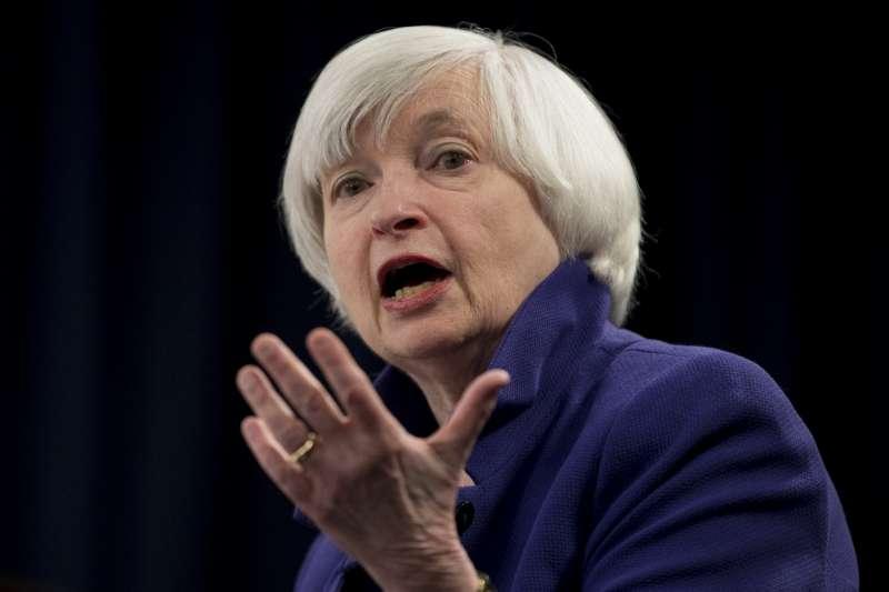 聯準會主席葉倫(Janet Yellen)任內的最終國會聽證過程當中,明確指出美國股市與房市相對偏高的資產價格,但不認為普遍機構投資人高估美國主要城市的房價與股價。(資料照,AP)