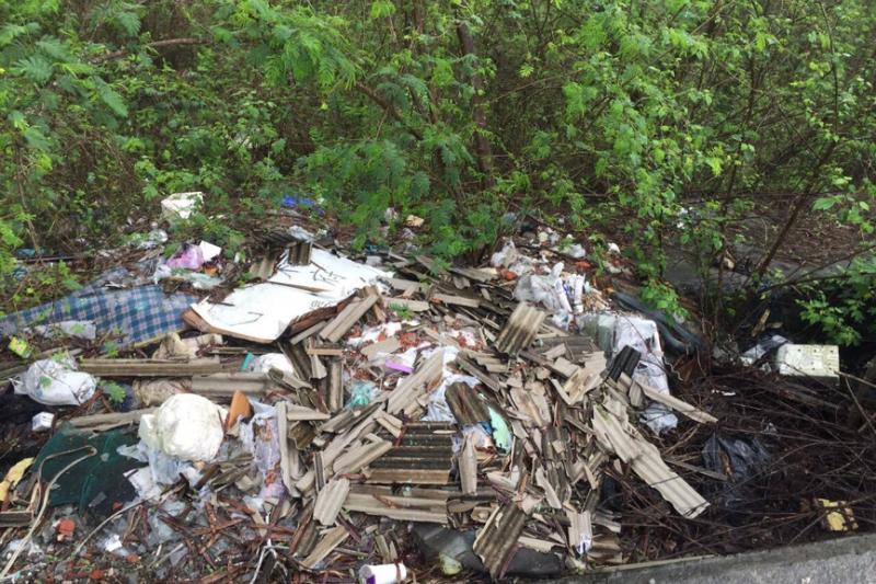 居民:垃圾四處堆,心情怎會好?政府必須立即面對且正視的課題