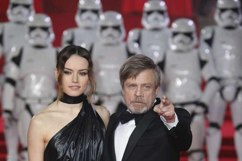 《星際大戰8:最後的絕地武士》(Star Wars: The Last Jedi)男女主角現身首映會(AP)
