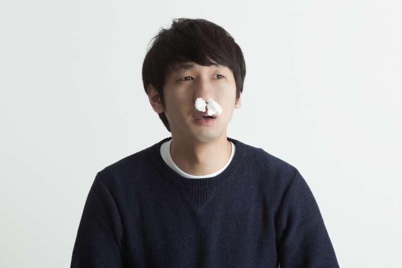 鼻塞的原因才不只是過敏,還可能是這個原因。(圖/すしぱく@pakutaso)