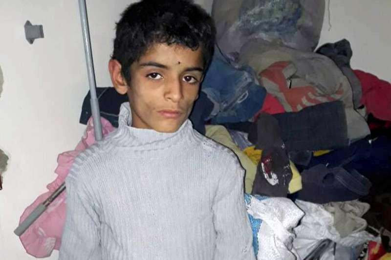 敘利亞首都大馬士革的東古塔(Eastern Ghouta)遭到政府軍圍困封鎖,陷入饑荒危機,許多兒童嚴重營養不良(美聯社)