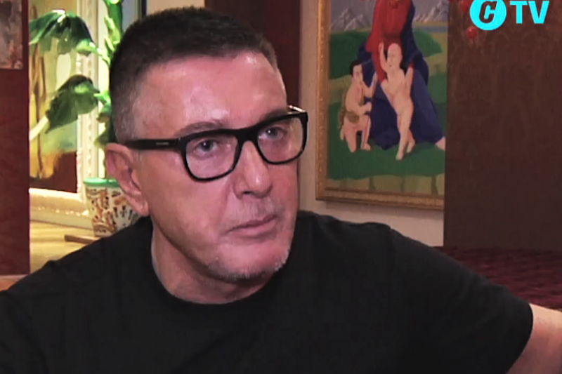 義大利設計師Stefano Gabbana日前受訪表示已厭倦被標籤為男同志,一番真心自白,說明他所追求的平等。(圖/截自Dolce & Gabbana粉專影片)