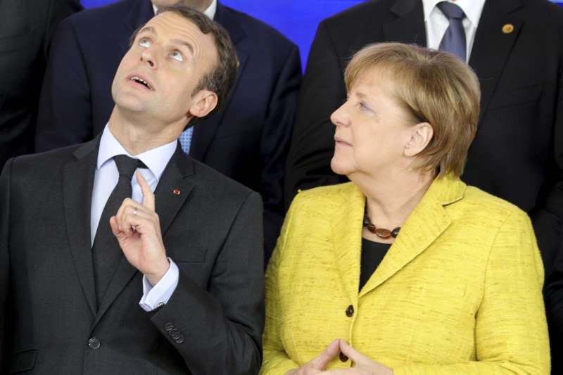 法國總統馬克宏與德國總理梅克爾(AP)