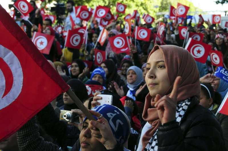 突尼西亞,青年世代(AP)