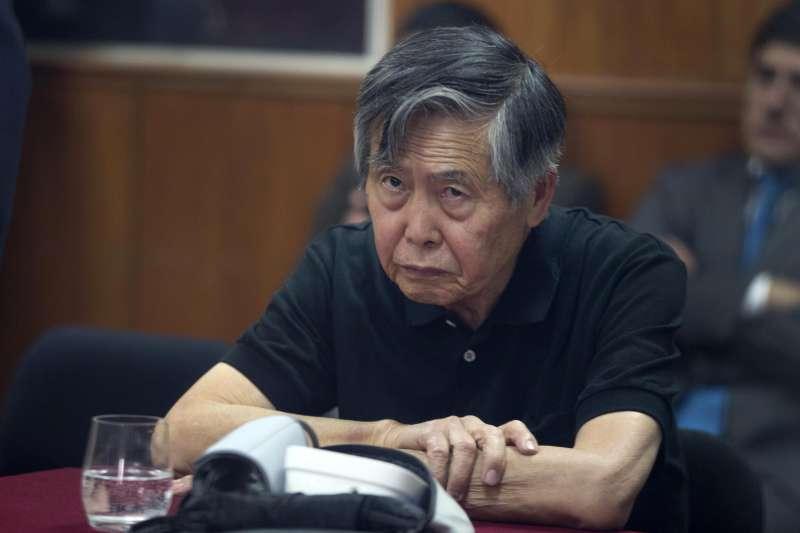 日裔的祕魯前總統藤森謙也,2009年因貪汙入獄,24日因病重獲得總統庫琴斯基特赦。(美聯社)