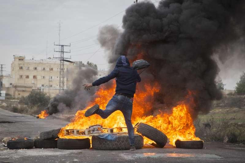 耶路撒冷風暴:巴勒斯坦民眾示威,至今已12死(AP)