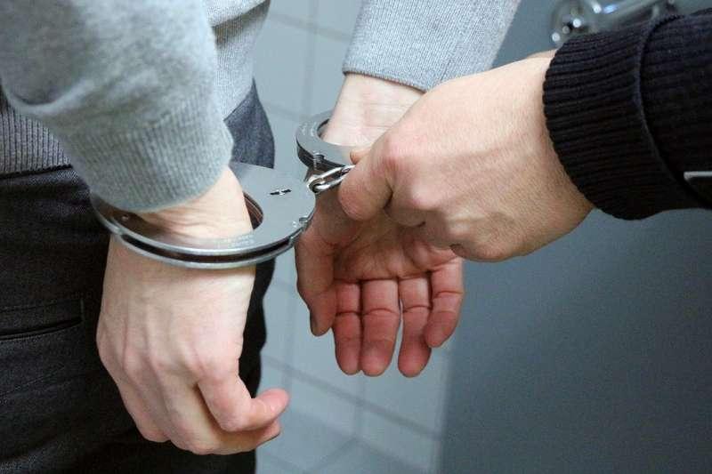 犯罪行為真的可以用腦科學預測嗎?(圖/pixabay)