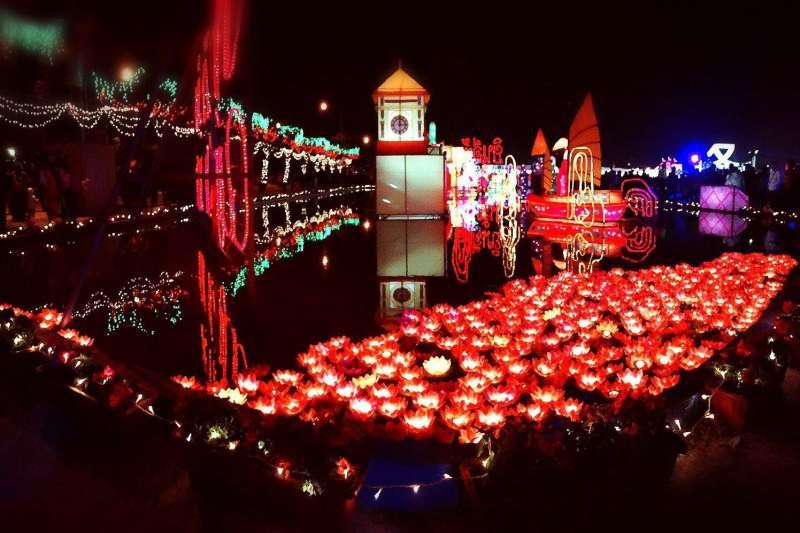 雲林縣政府指出,「2017台灣燈會在雲林」總計有1360萬人次參觀、帶來100億經濟效益,並創下展場面積最大、志工人數最多的紀錄。(圖/雲林縣政府提供)