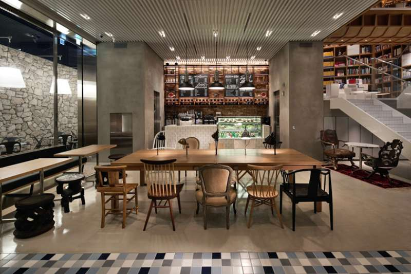 韓國有許多咖啡店、餐廳與髮廊等商業空間充滿著摩登氣息,兼具美觀且風格獨特的室內設計絕對會讓你眼睛為之一亮。(圖/翻攝自Wonderwall)