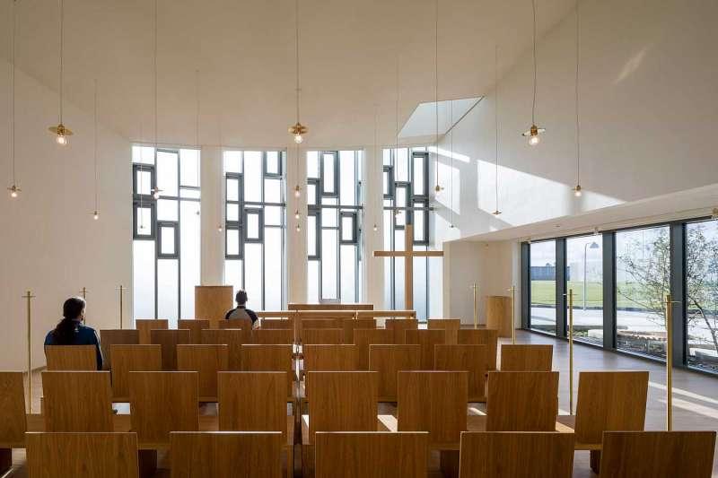 丹麥打造最人性化監獄啟用,公共空間有教堂、圖書館,採光明亮(圖/cfmøller建築師事務所)