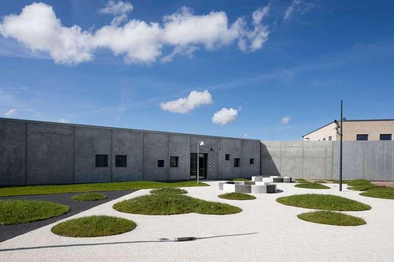丹麥斥資40億台幣,打造最人性化監獄。(圖/cfmøller建築師事務所)