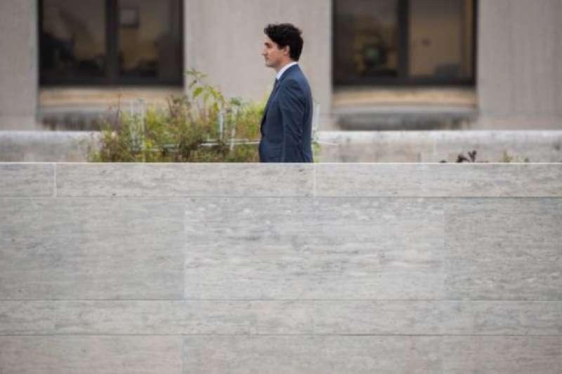 加拿大總理杜魯道離開駐華盛頓大使館。(BBC中文網)