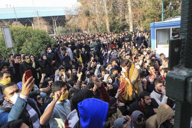 伊朗大規模示威活動已超過3天(AP)