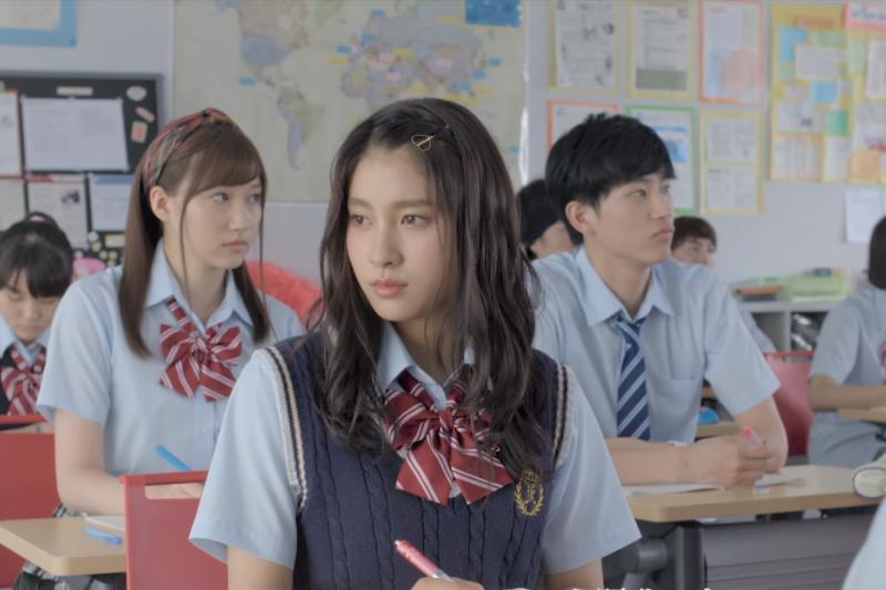 高中生尋找志向,或填志願應該如何抉擇,都是台灣學生每人必須面對的煩惱!而大學畢業十年後的他們,最終悟出當初應該「這樣選」才正確。(圖/取自youtube)