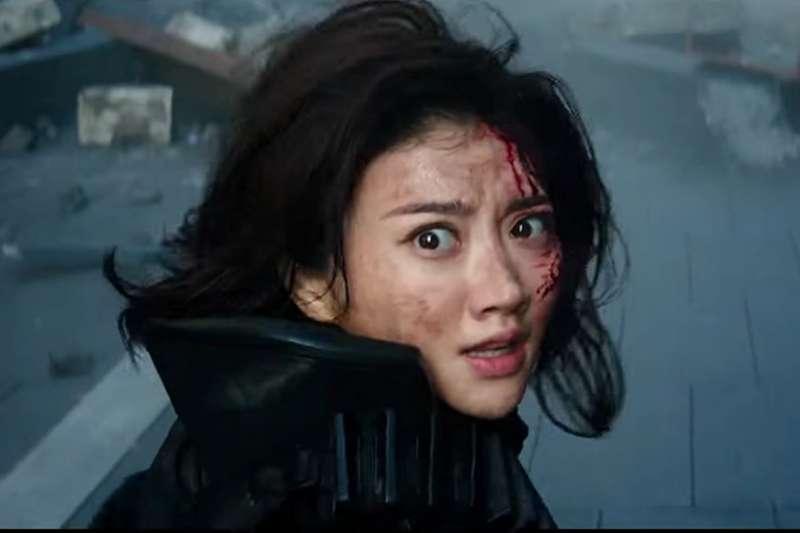中國女星景恬在《環太平洋2: 起義時刻》也有演出。(取自IMDb)