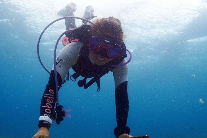潛水注意安全與衡量自身經驗,才能讓人玩得盡興。(圖/顏孝真提供)
