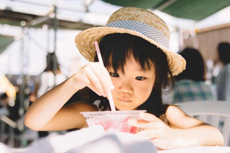 台灣的兒童竟然是亞洲第一胖!這些食物千萬要少吃。(圖/すしぱく@pakutaso)