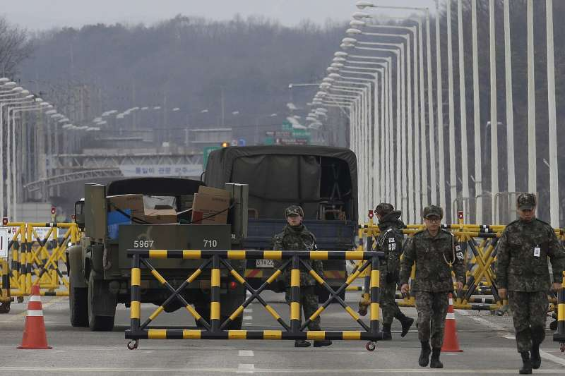 南北韓交界處板門店附近的統一大橋(Unification Bridge)(AP)
