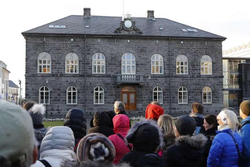冰島日前通過法案,成為全球首個要求公私營企業證明落實男女同工同酬的國家(AP)