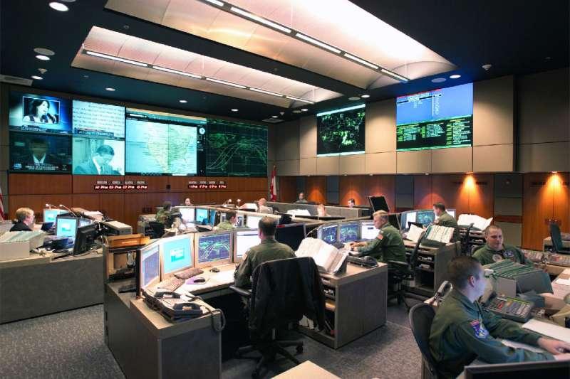 美軍夏延山綜合設施的地底指揮中心。(維基百科/公有領域)