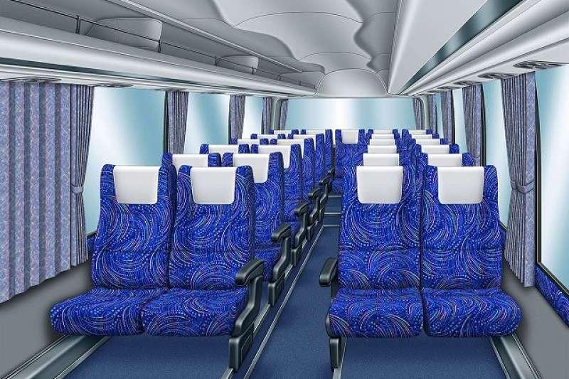 日本巴士座椅墊布顏色大多是素色或簡單花紋,但近來一種被稱為「總花紋」的設計成了主流。(圖/japaholic提供)