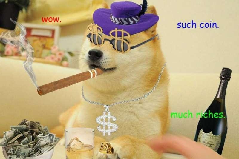 「狗狗幣」的靈感來自網路梗圖,創辦人一個無厘頭的點子竟促生市值飆漲的虛擬貨幣!是柴犬太可愛?還是「狗狗幣」真的有其魅力?(圖/取自Dogecoin fb)