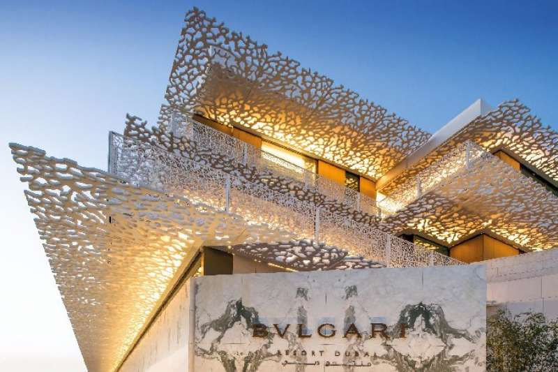 去年12 月杜拜寶格麗度假村才剛開業,即成為當地最昂貴的酒店,且名列最新奢華酒店之冠,為杜拜酒店界再添一個新寶石。(圖/Bulgari Resort Dubai)