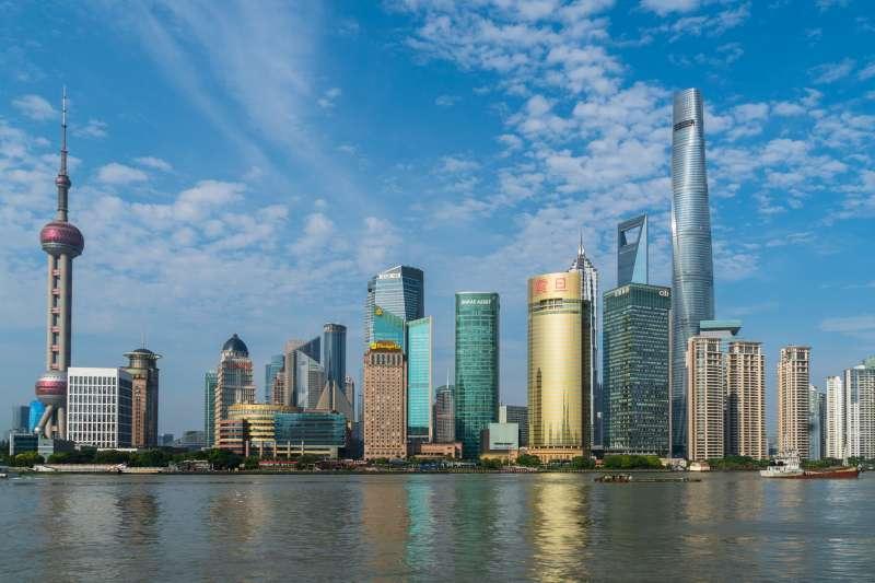 許多台灣人到中國北京、上海等大城市工作。(圖/pixabay)