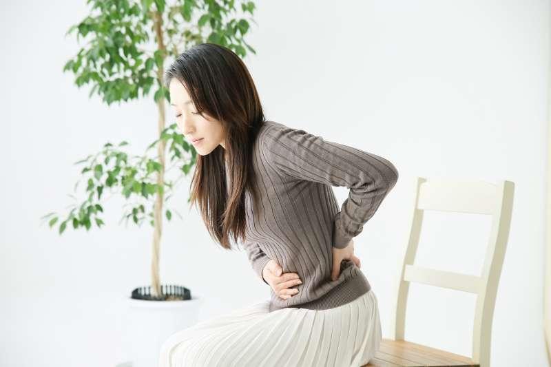 子宮肌瘤到底是否需要手術治療?郭安妮表示,主要還是要看患者對症狀的耐受力,以及是否影響生活品質而定。(示意圖非本人/photoAC)